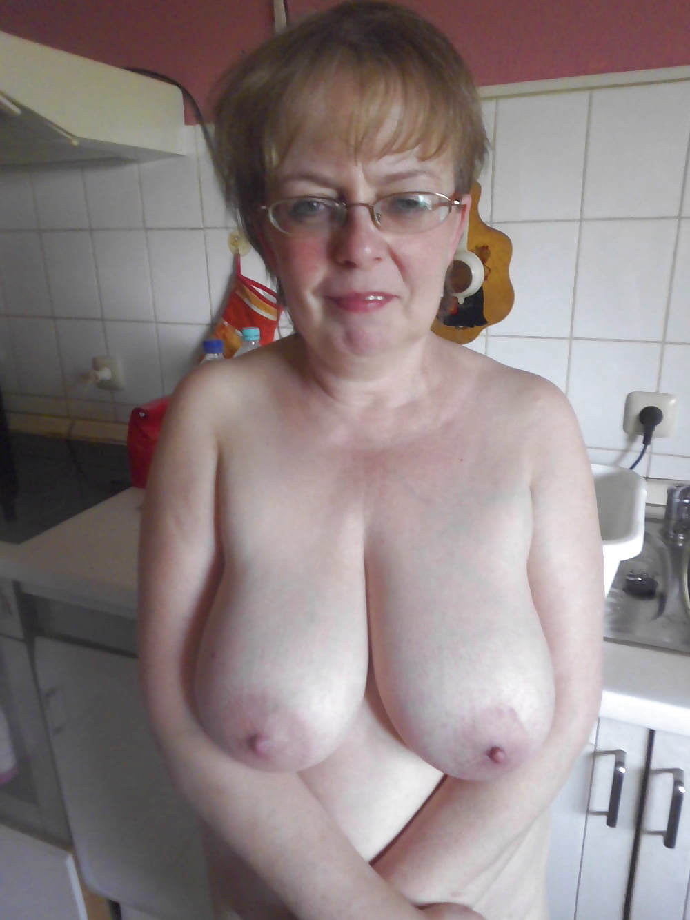 Search Granny Amateur Saggy Tits
