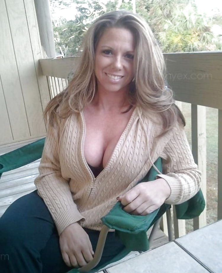 Connecting Singles Milf Dating In Oaks