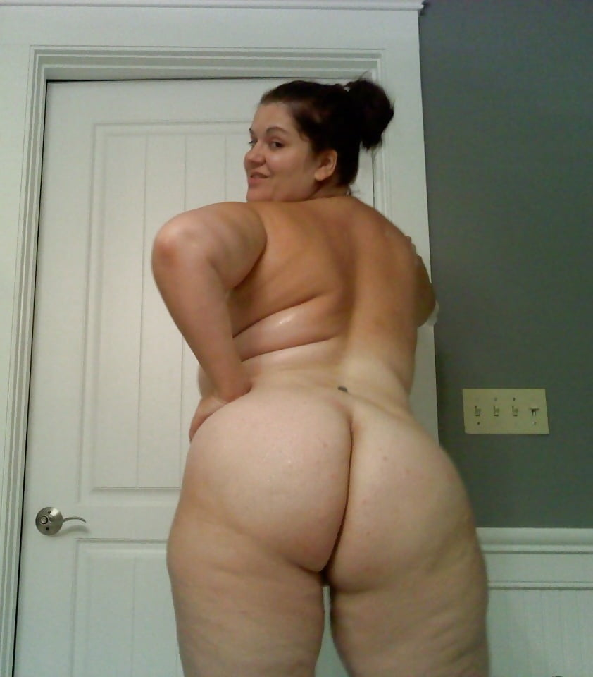 Free nude mature women with wide hips