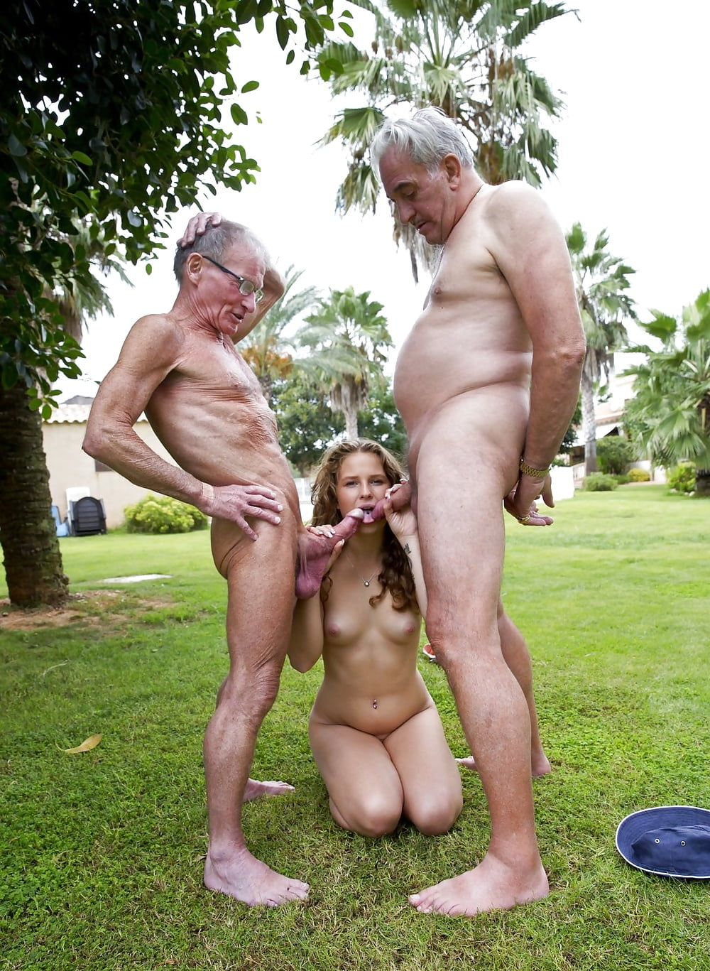 Full Nude Girl Fucks By An Old Man