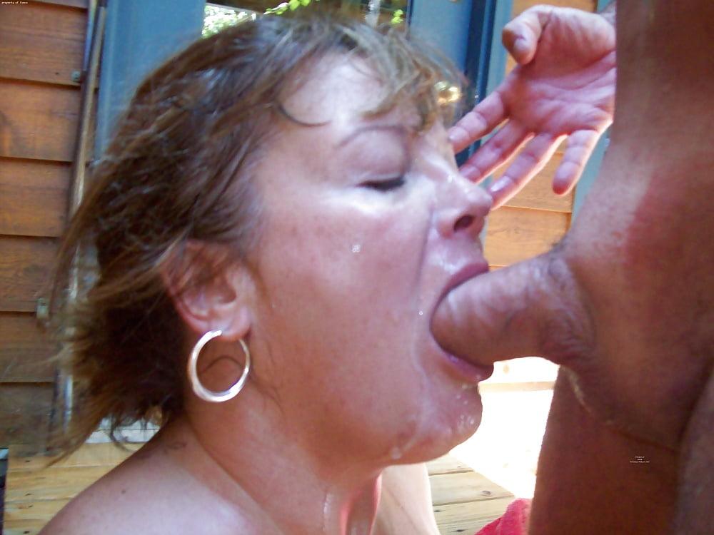 Смотреть порно зрелые глотают сперму — img 14