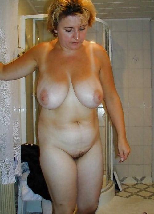 голые полные жены дома фото задач