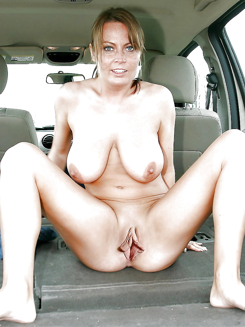 Rachel Brunette Milf Movieked Up And Fat Wife Blonde Huge Tits