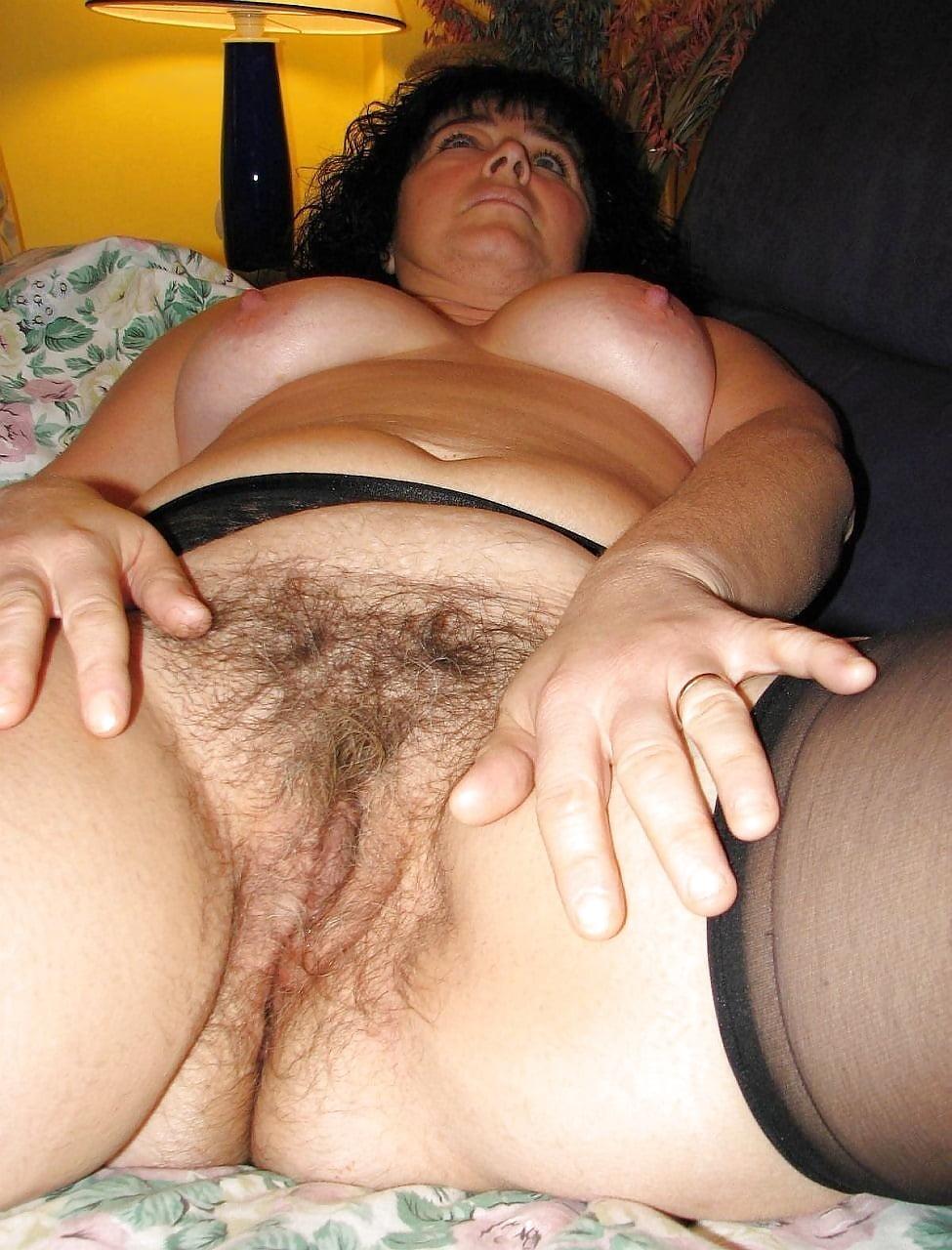 Старая толстая баба с волосатой пиздой порно, фото женщины в стрингах