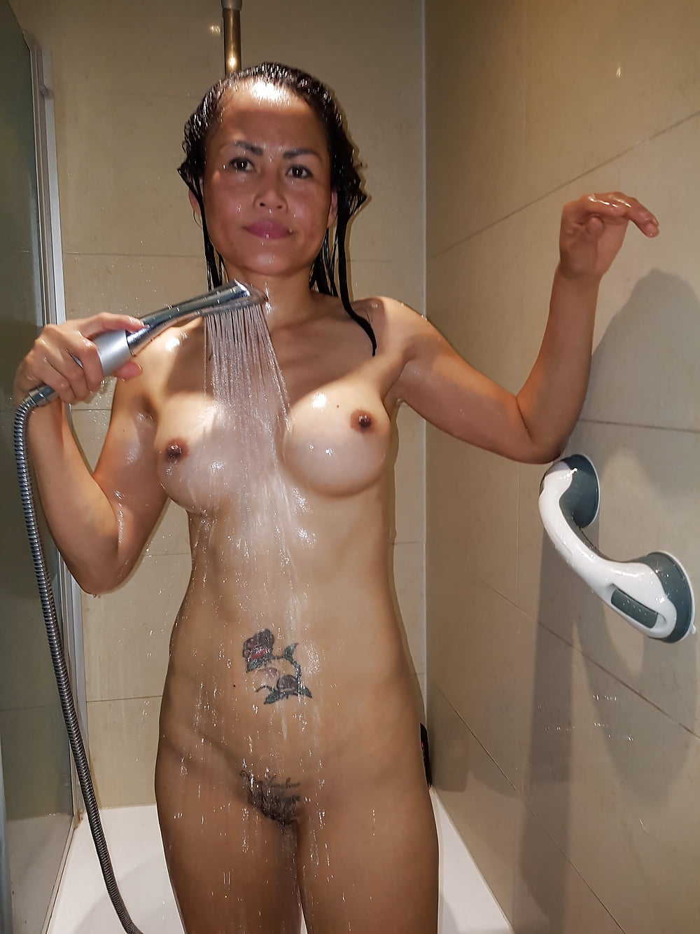 Naked shower friend - prank - fun