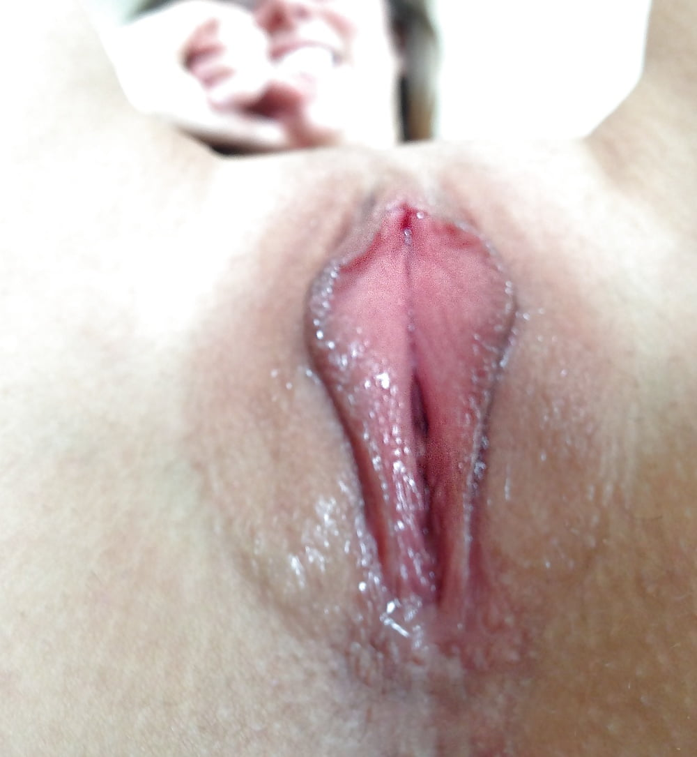 Sex small girl takes off her clothes and then guy begins to finger her smal wet pussy