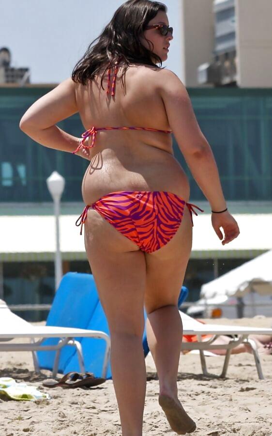 Spread pussy fat girl bikini pickstures