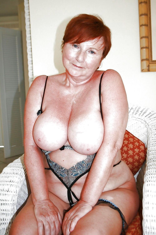 Girl sexy big tits grannies