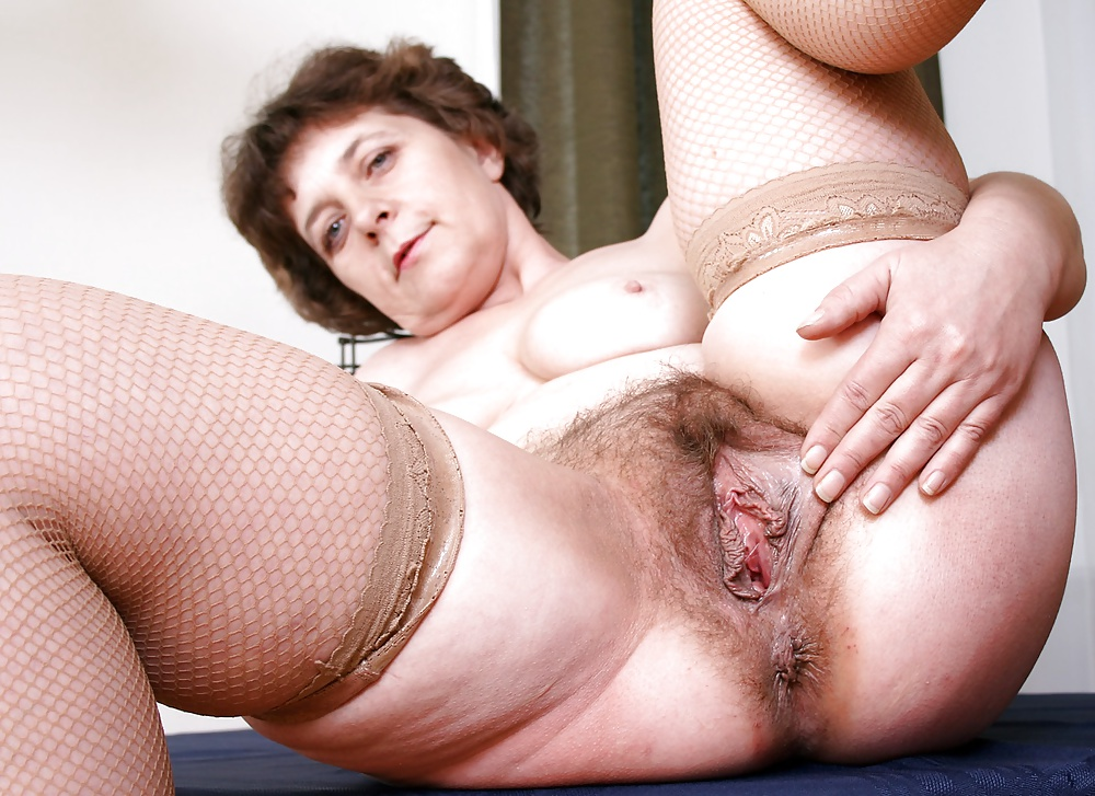 Free Hairy Granny Pussy Images