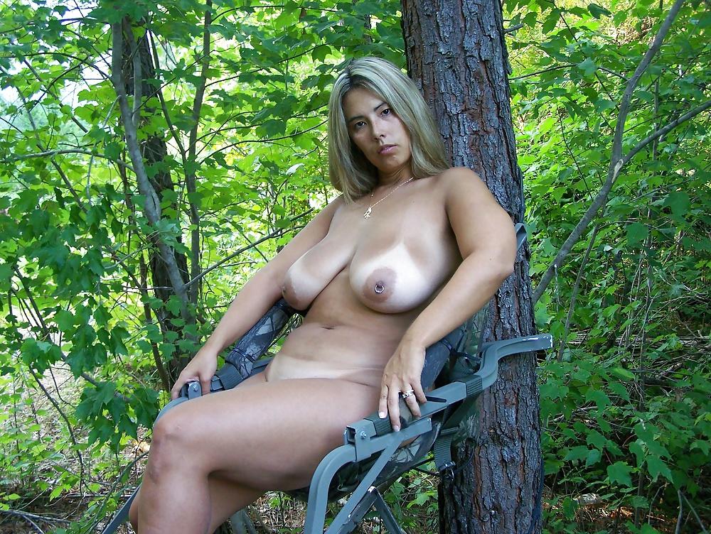 Голая мамочка в лесу, секс самые свежие русские фото