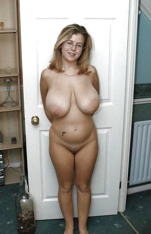 Hangers saggy Saggy tits: