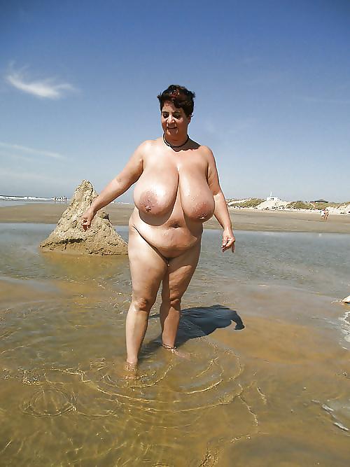 молодых бабы пышные зрелые на пляже могут