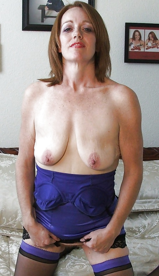 Mature latvian viktoria teases with her big saggy boobs sex photo