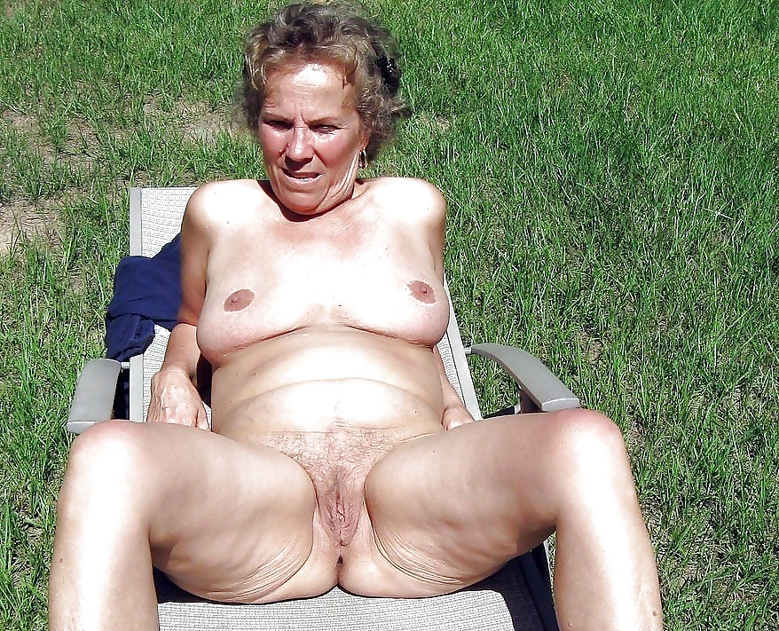 Nude old age aunty breast press by old men
