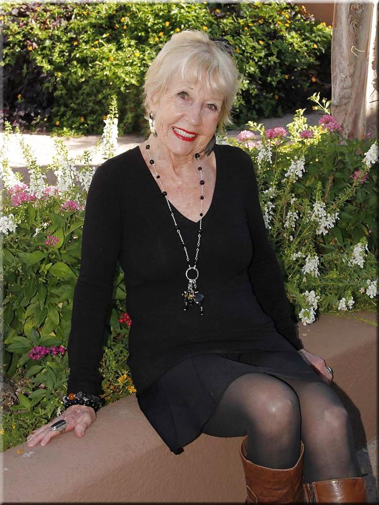 Granny Cleavage 5 - Photo #13