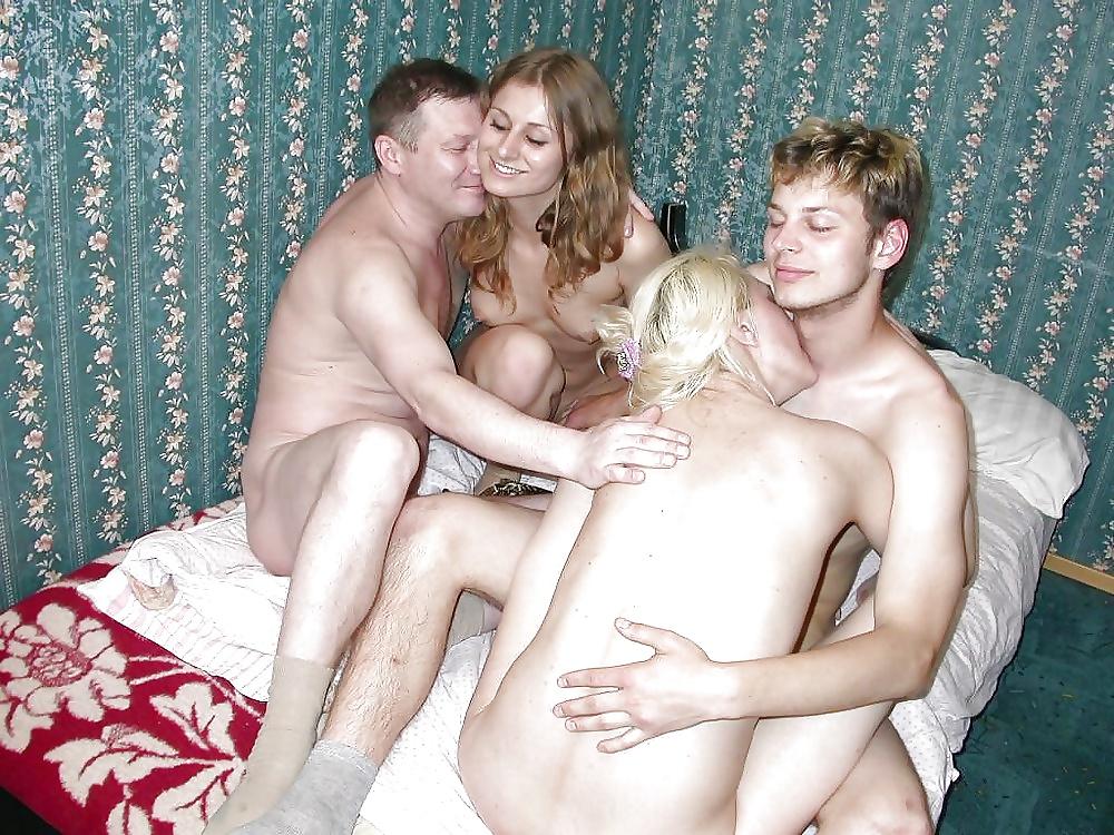 Семейный Секс Молодых