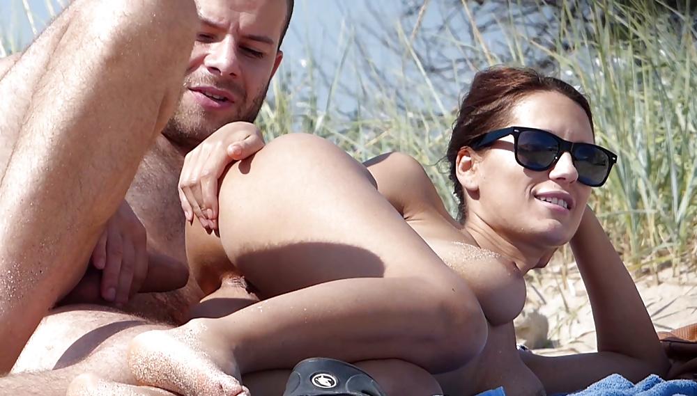 убеждена, смотреть порно снятое любителем на российских пляжах эротический портал