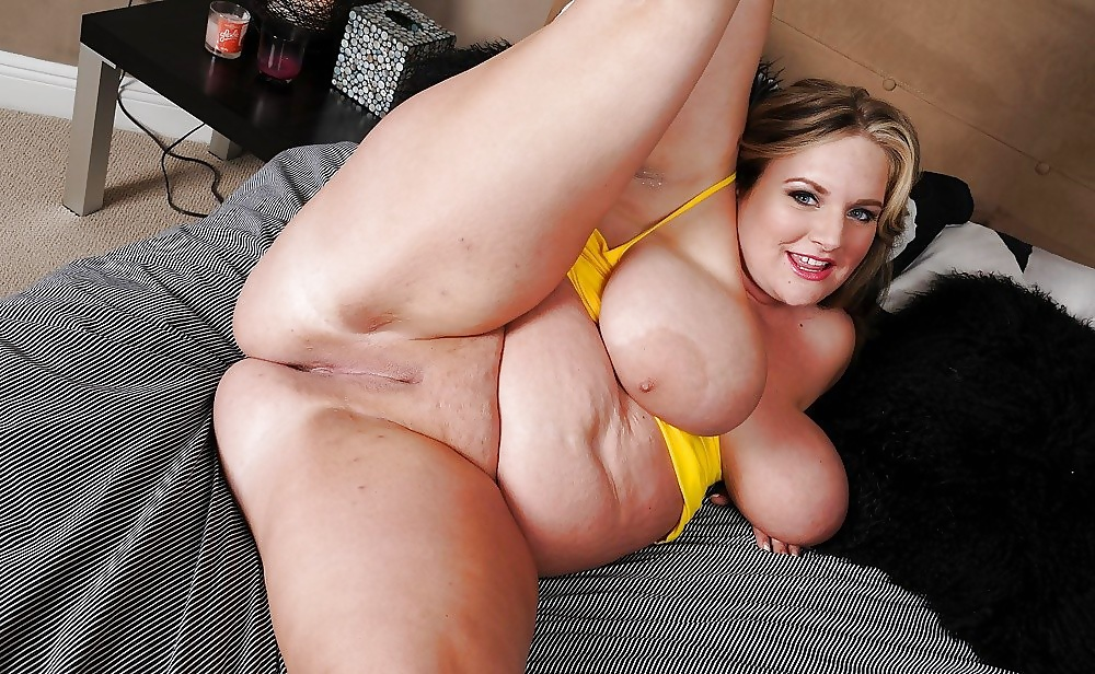Big women soft porn — photo 13