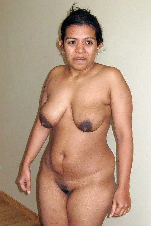 golaya-tolstaya-indianka-seks-video-telka-konchaet-ot-kogo-to