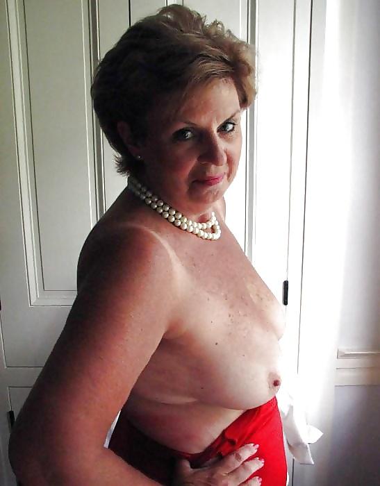 Jilly Mature Porn