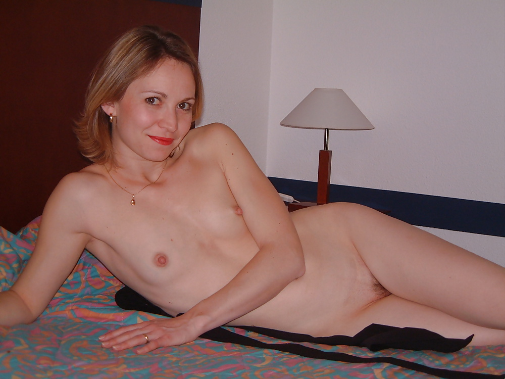 Mature flat chested women nude