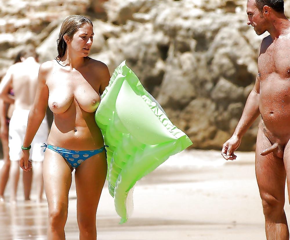 На пляже без плавок фото подборка — img 4