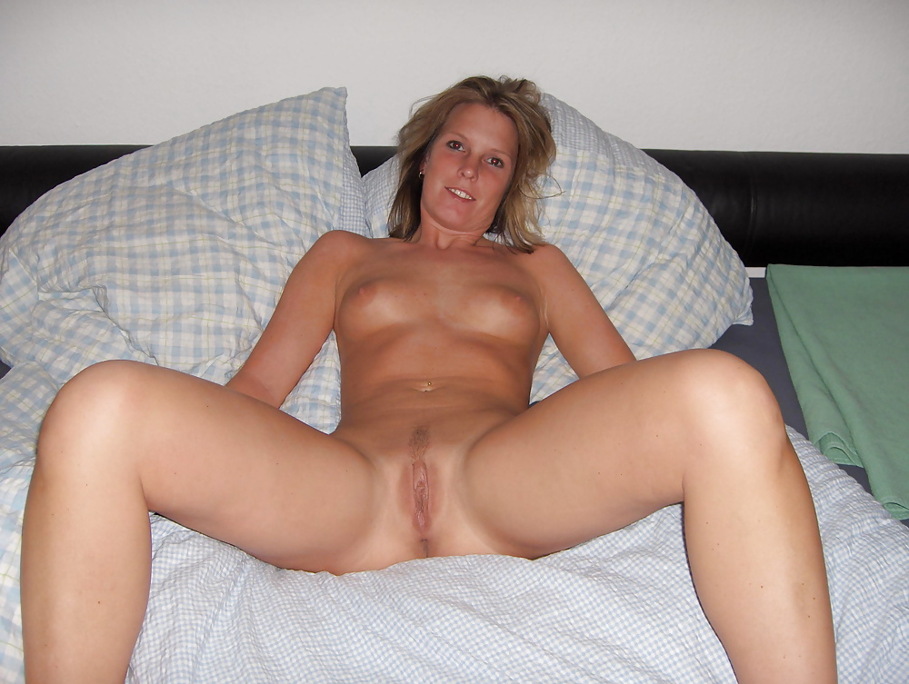 Hot naked pic wife