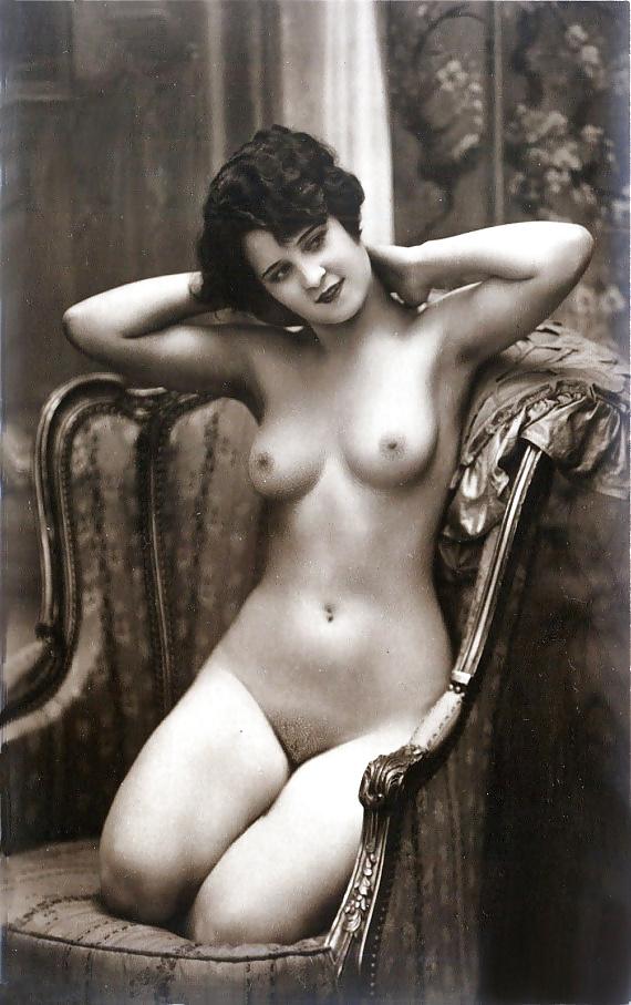 Старинные эротические фото женщин