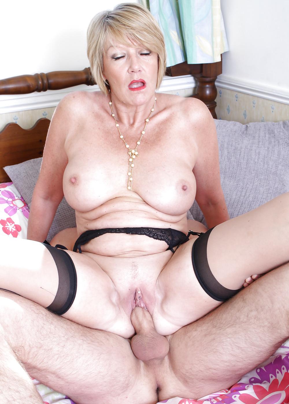 British anal matures