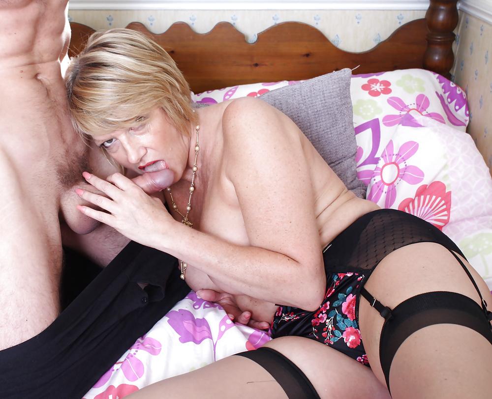 Free porn curvy, british, mature pics