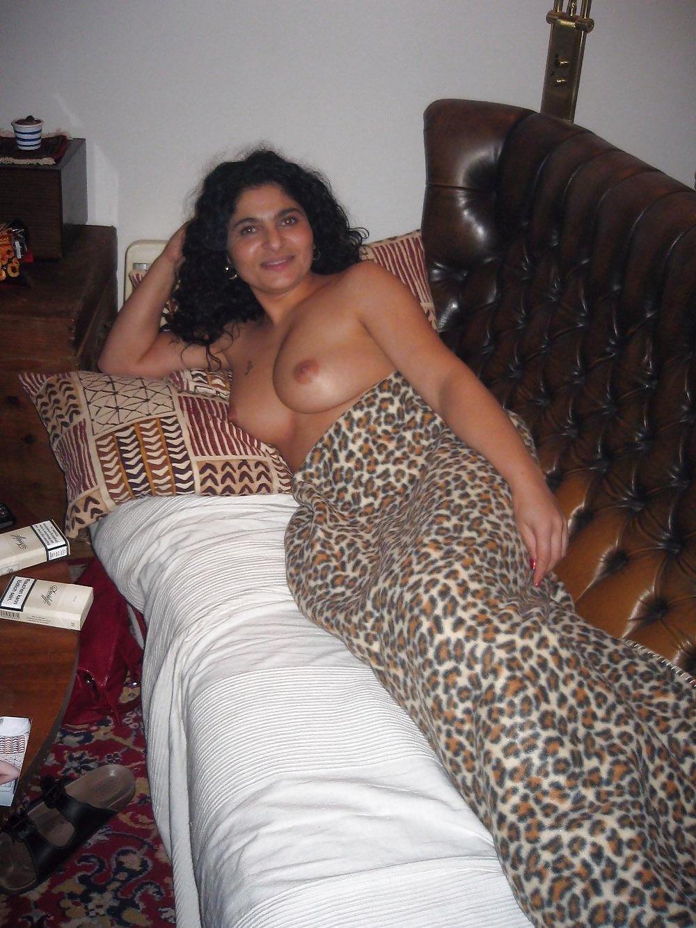 Arab wives wife housewife