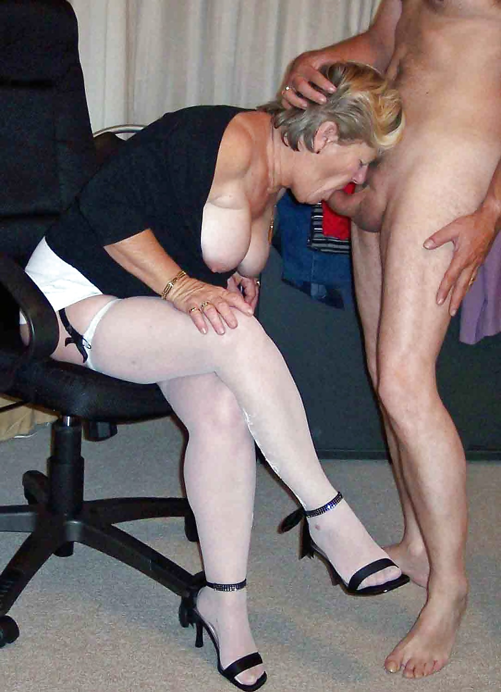 Mormon Milf Fingered And Fucked