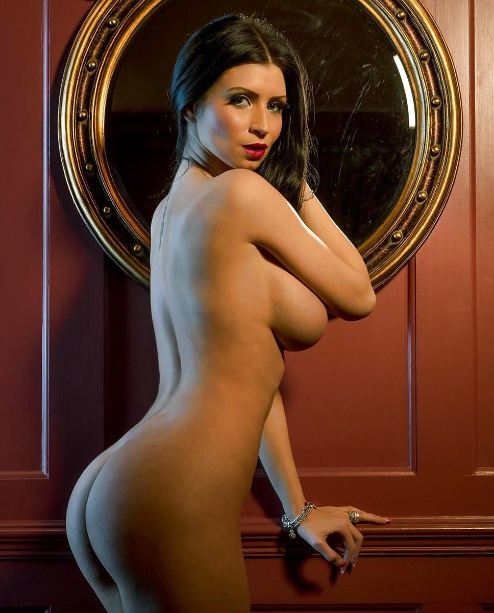 Kelly brook big breasts