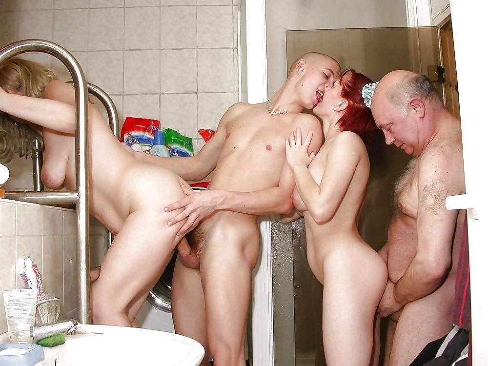Bath Sex Porn Pics