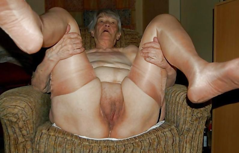 Scat Granny Porn And Sex Pics