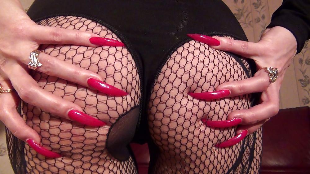 Sick ass horror nail art designs