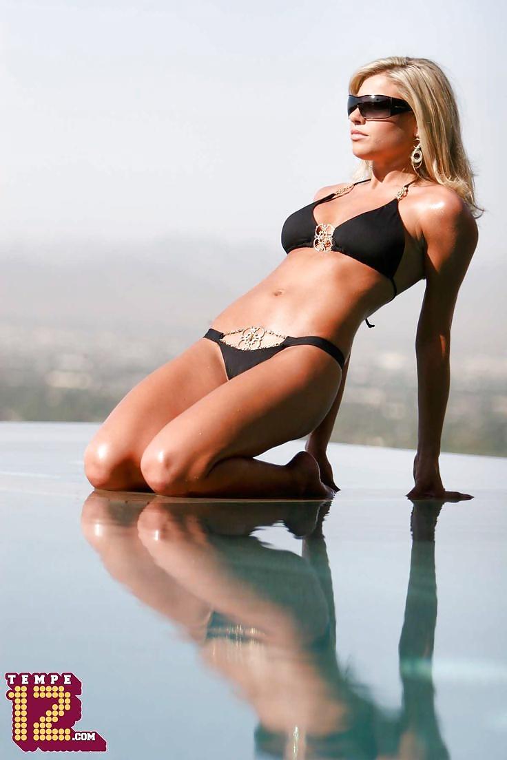 Melanie collins hot pics — img 10