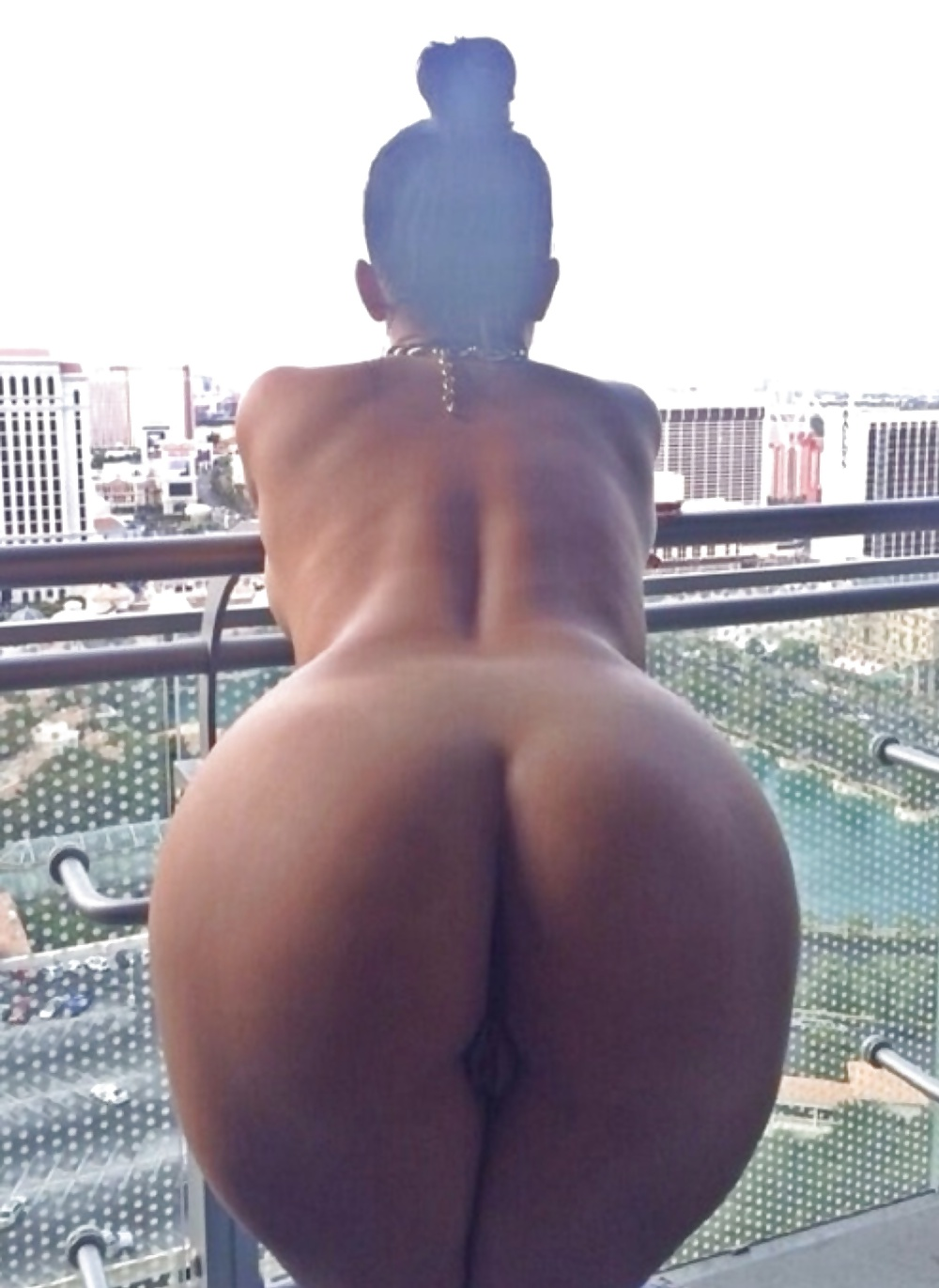 Lauren brooke ass celebrity big ass celebrity posing hot famous tits