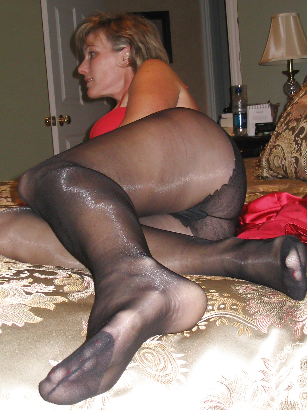 See and save as asian mature pantyhose fetish porn pict