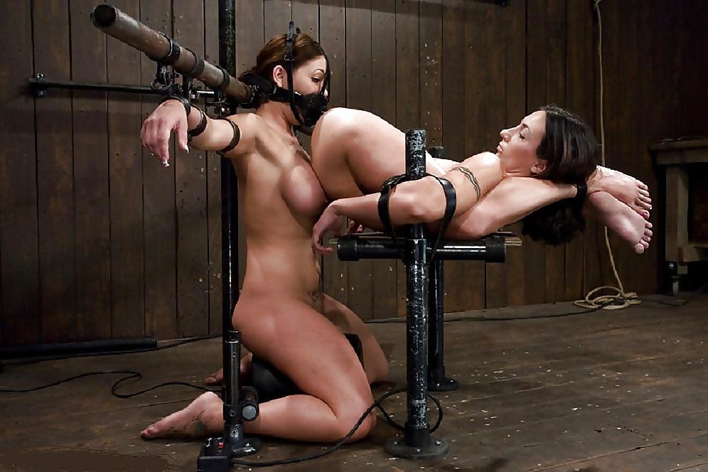 девушка связала свою рабыню вас