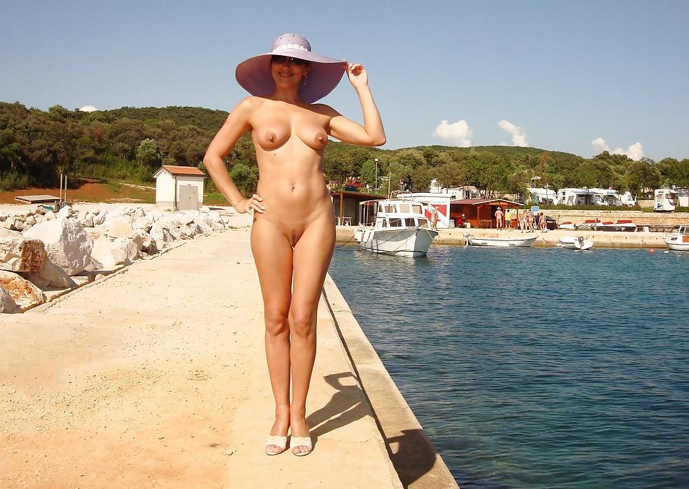 Голые девушки на курортах фото — 2