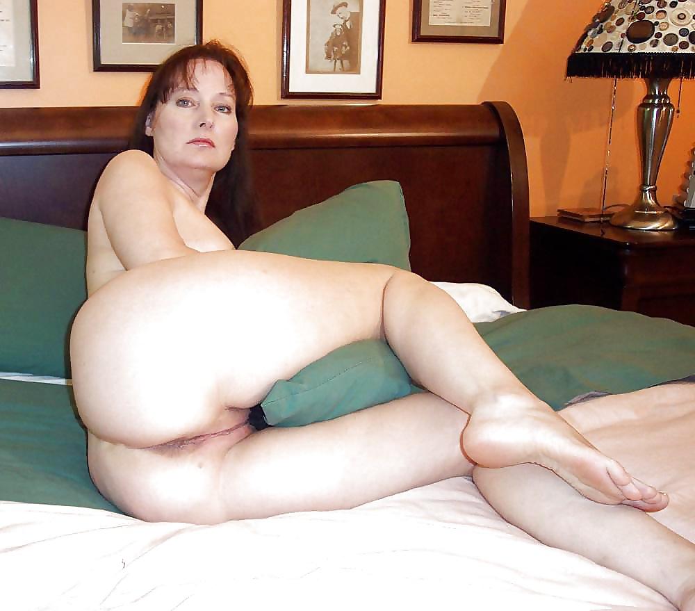 зрелые женщины показывают тело сайте