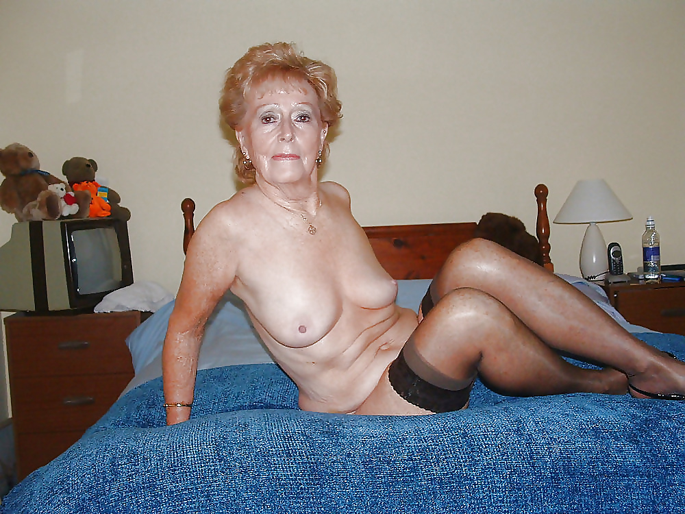 pantyhose-reality-galleries-granny-eating-strippers-pussy