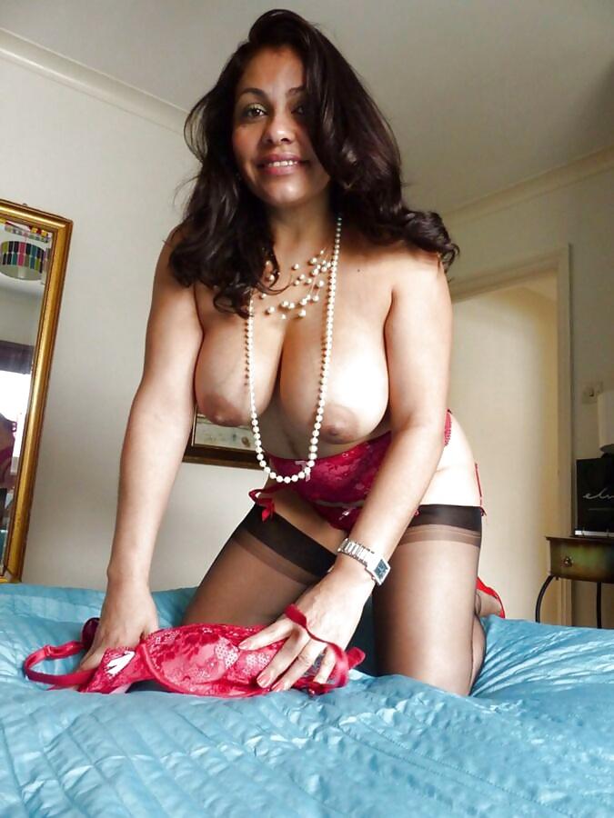 Big Tit Latina Milf Brazzers