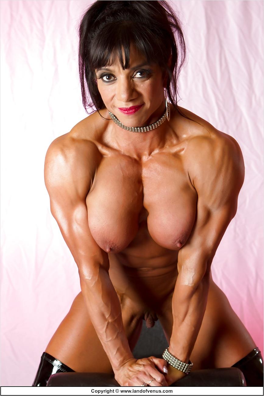 Horny women bodybuilders — pic 7