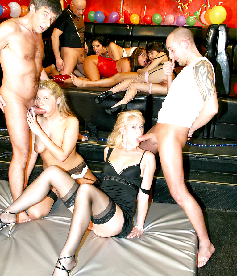 Swinger clubs england, young sexy redheads porn