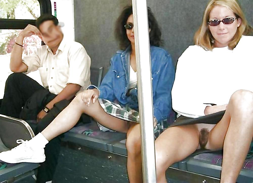 мной фото без трусов в метро смотреть
