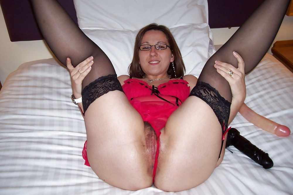 Amateur Spreading Wives In Nylons Pornhd 1