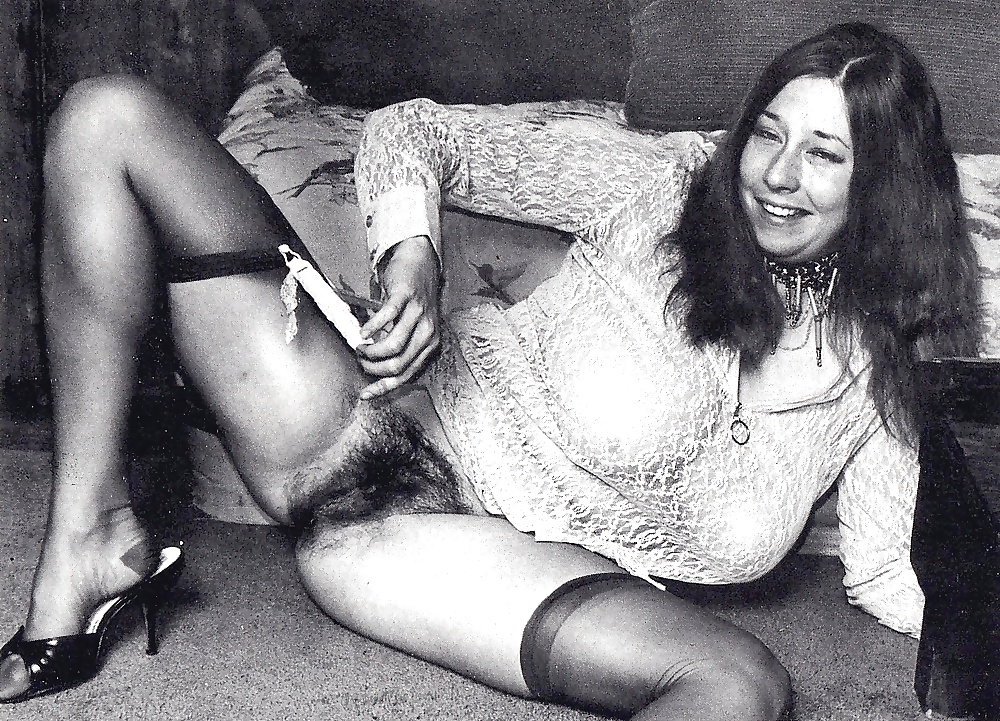 Vintage hairy pussy upskirt