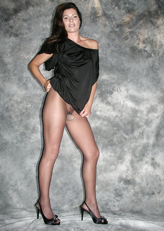 tell-women-not-to-wear-pantyhose-all-girl-orgy-free-pics